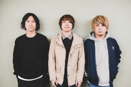 Cloque. Major 1st Full Album『ネイキッドブルー』をリリース!楽曲に込めるメンバーの想いとは